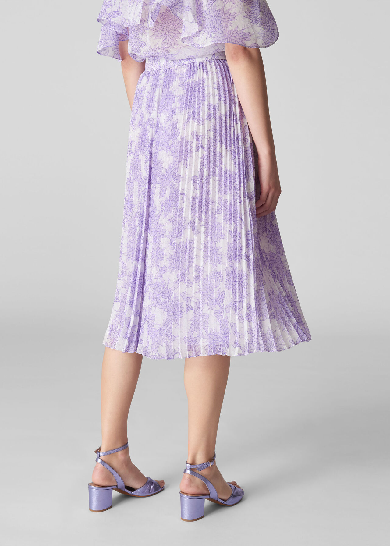Batik Lily Print Pleated Skirt