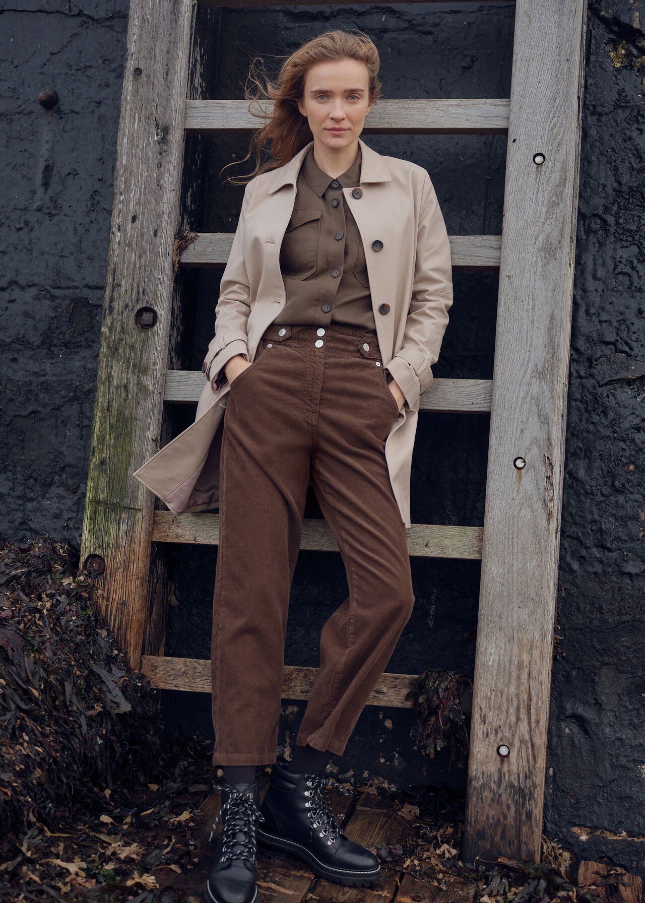 Classic Trench Coat Neutral