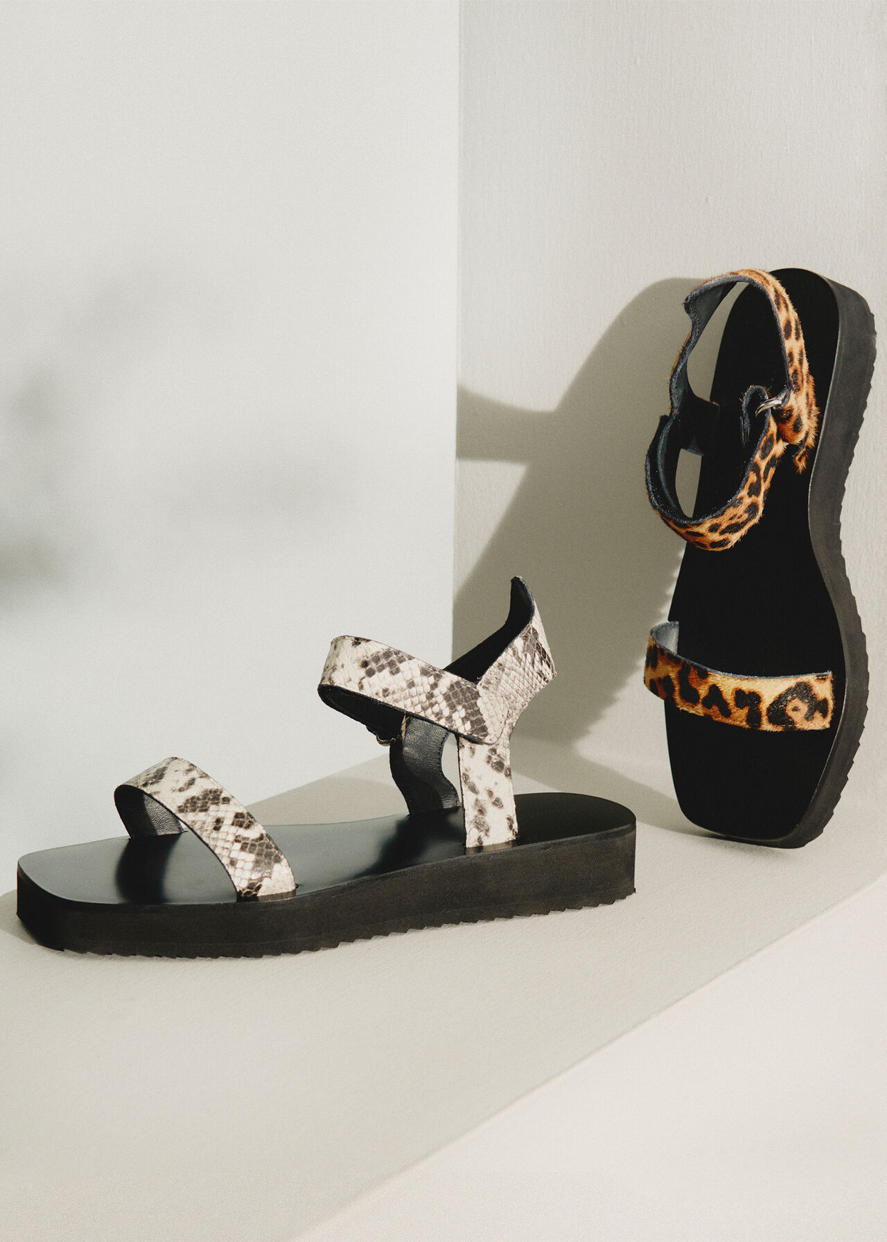 Finn Velcro Sandal