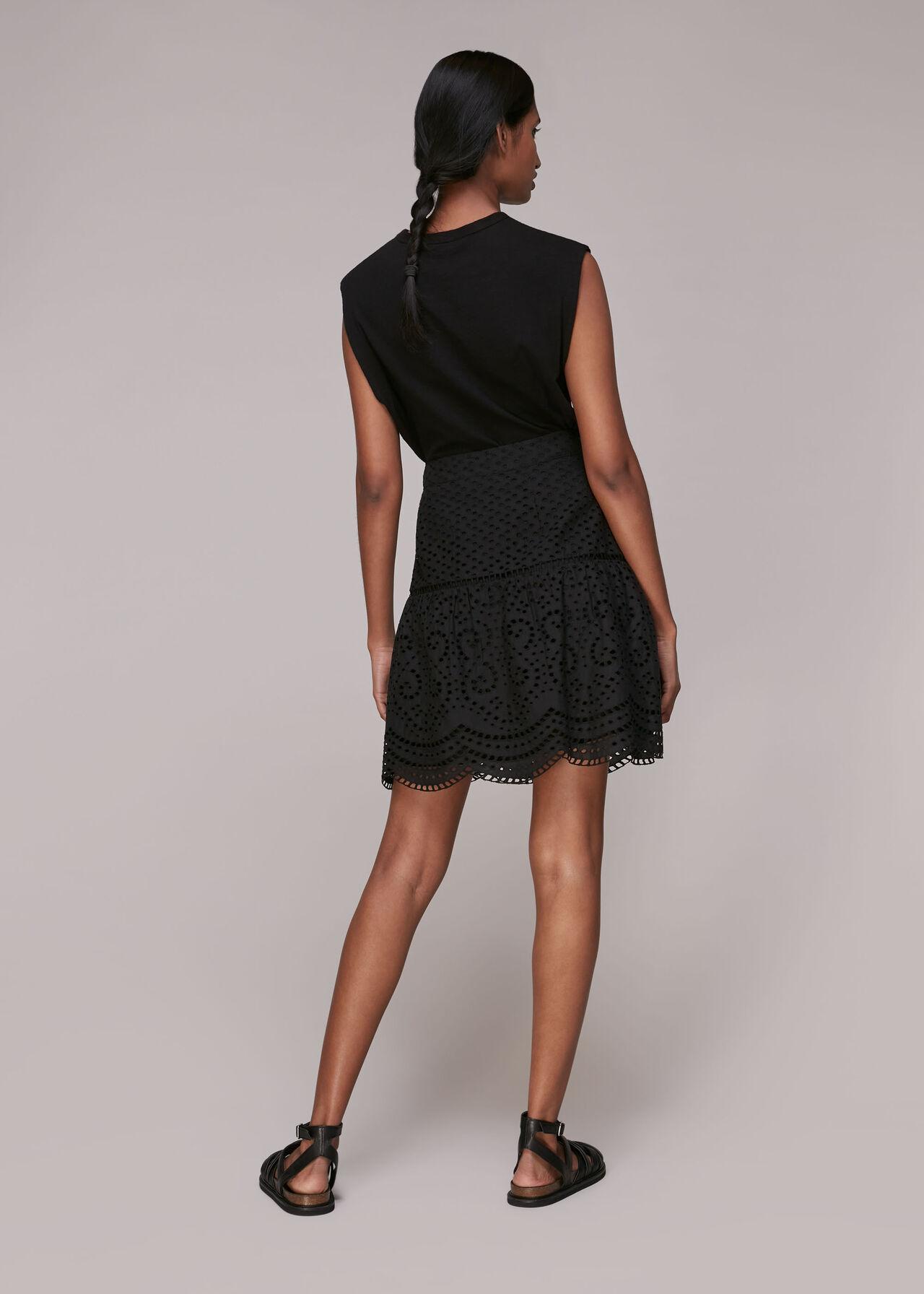 Broderie Flippy Skirt Black