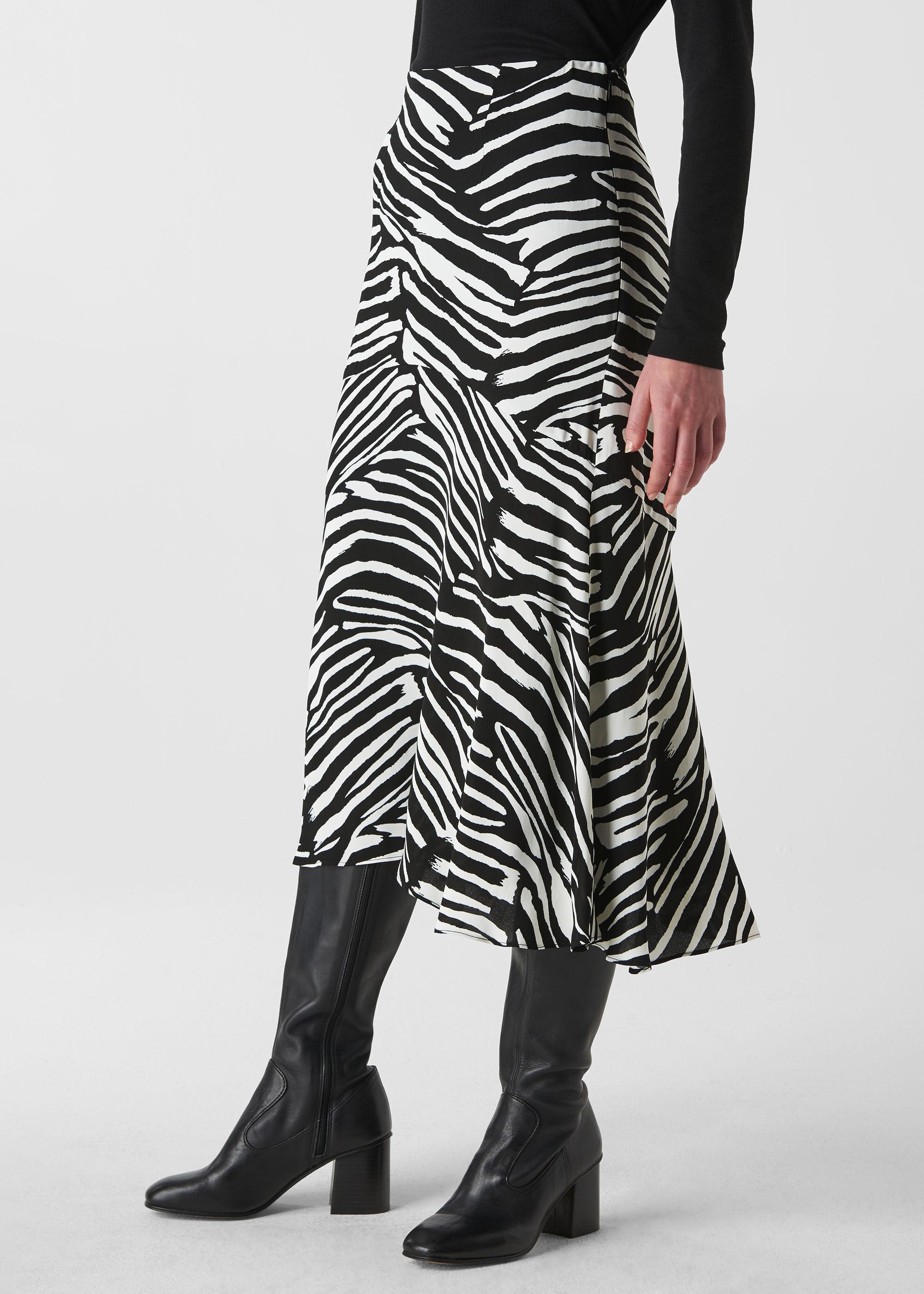 "NEW Black /& White Modern Zebra Leg Warmers 12/"""