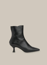 Wade Square Toe Boot