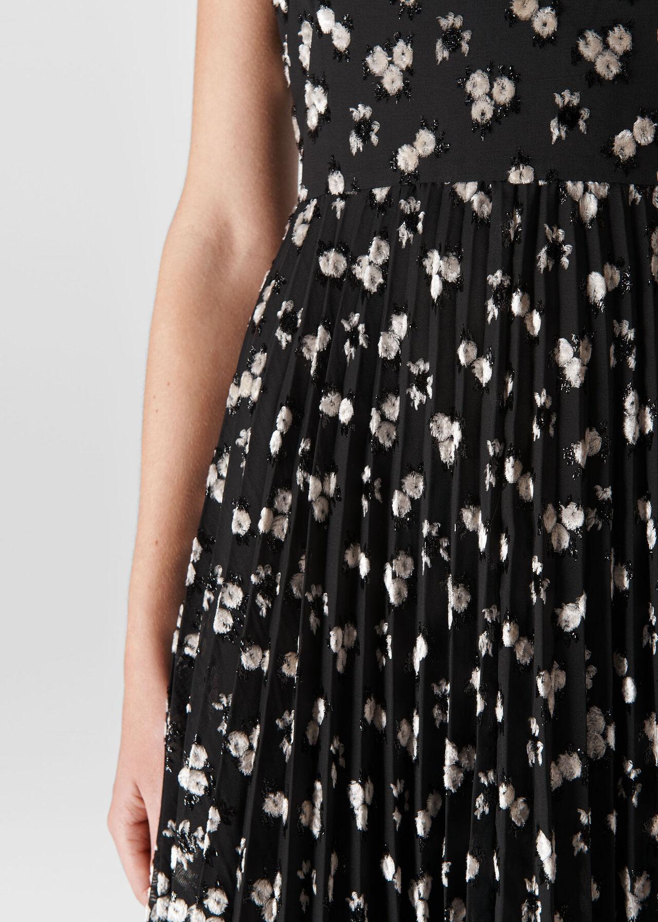 Snow Blossom Pleated Dress Black/Multi