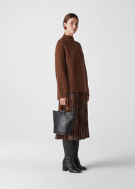 Oversized Chunky Cable Sweater Brown